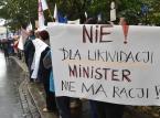 W 17 miastach protestowano przeciw reformie oświaty