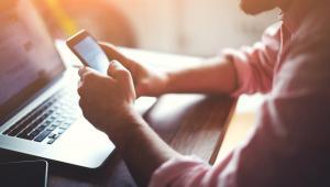 Prowadzenie działalności gospodarczej także w sieci, a nie tylko za pomocą placówek naziemnych, prowadzi niewątpliwie do zwiększenia obrotów firmy.