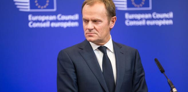 """""""Stawka jest za wysoka, żebyśmy tracili kontrolę nad naszymi emocjami, ponieważ jest nią codzienne życie i interesy milionów obywateli po obu stronach kanału"""" - wskazał szef Rady Europejskiej."""