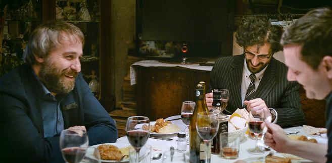 """Rodzinne spotkania: Z miłości? Z obowiązku? Żeby sobie wygarnąć? """"Sieranevada"""""""