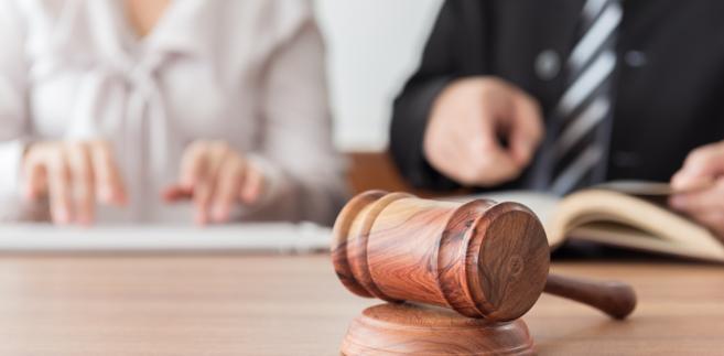 Nowa ustawa o komornikach sądowych w zdecydowany sposób wzmacnia nadzór nad tym zawodem i ma się przyczynić do zwiększenia efektywności postępowań dyscyplinarnych.