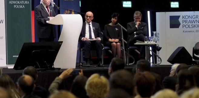 Prawnicy mówią jednym głosem. Nowy projekt usprawni polskie sądownictwo?
