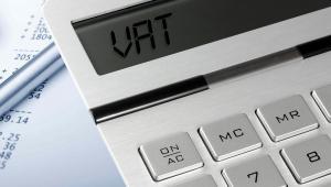Służby na razie nie ingerują w zwroty VAT
