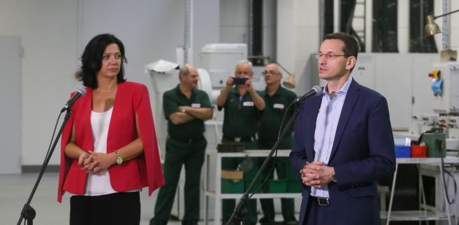Wicepremier, minister rozwoju i finansów wziął udział w prezentacji raportu na temat działającego w Polsce przemysłu motoryzacyjnego, w siedzibie Warszawskich Zakładów Mechanicznych.