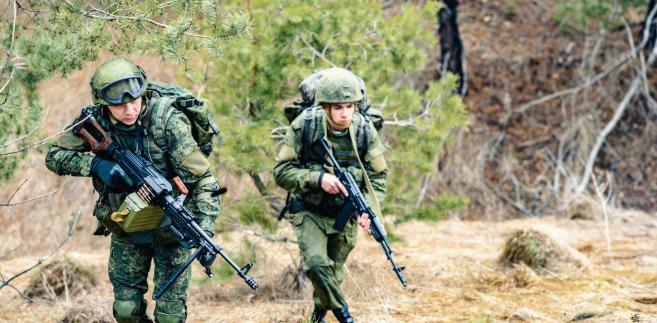 Były dowódca wojskowej jednostki specjalnej GROM i b. wiceszef Biura Bezpieczeństwa Narodowego uważa, że przewaga militarna wciąż jest po stronie Zachodu, ale nie powinien on zasypiać gruszek w popiele.