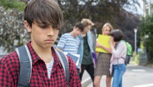 Zamiast zabierać dziecko można poświecić czas na rozmowy edukujące czy to na forum klasy czy z poszczególnymi osobami