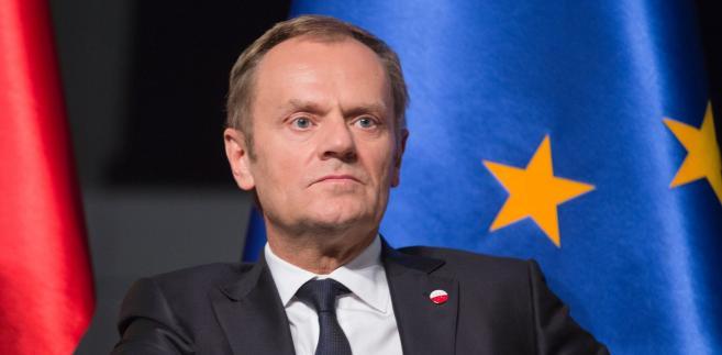 Dobrym przykładem zmiany ewolucyjnej jest były premier, a dzisiaj przewodniczący Rady Europejskiej Donald Tusk.