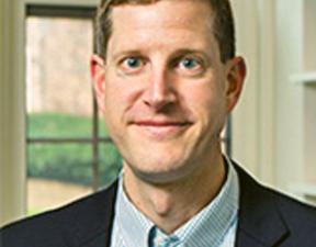 Dennis Rasmussen politolog i filozof ekonomii z Tufts University