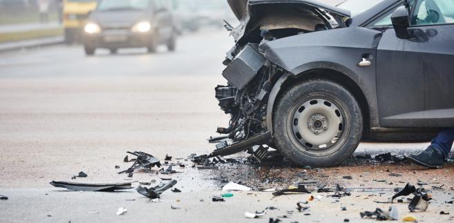 Policja apeluje o ostrożność i rozwagę na drodze
