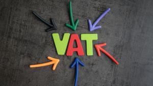 W przypadku niezłożenia informacji VAT-26 w terminie uznaje się, że samochód jest wykorzystywany do celów mieszanych, co oznacza możliwość odliczenia jedynie 50 proc. VAT od wydatków z nim związanych.