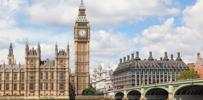 """Komisja brytyjskiego parlamentu nie ma wątpliwości, że Rosjanie ingerowali w kampanię referendalną w 2016 r. po stronie zwolenników brexitu. Takie wnioski płyną ze wstępnego raportu """"Disinformation and »fake news«"""", który został opublikowany przez Izbę Gmin."""