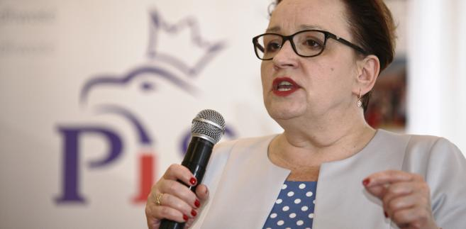 Minister edukacji Anna Zalewska podczas spotkania z mieszkańcami Szprotawy.