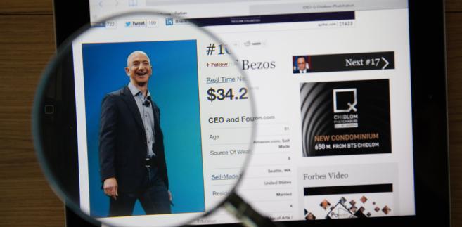 W zeszłym tygodniu świat obiegła informacja Bloomberga, że prezes Amazona – Jeff Bezos – został najbogatszym człowiekiem na świecie. Majątek założyciela handlowej platformy przekroczył 150 mld dol.