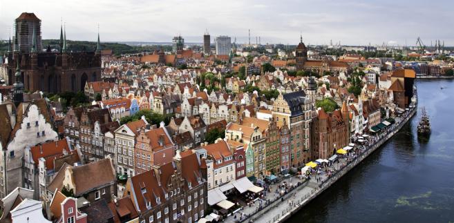 """Organizatorami imprezy są miasto Gdańsk, Gdański Archipelag Kultury oraz Klub """"Plama"""" Gdańskiego Archipelagu Kultury."""