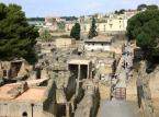 Herkulanum – włoskie miasto położone w sąsiedztwie Wezuwiusza. Razem z dwoma innymi miastami: Pompejami i Stabiami zostało zniszczone w wyniku wybuchu wulkanu 24 sierpnia 79 roku. Podczas wybuchu Wezuwiusza miasto zostało zalane błotem wulkanicznym, którego grubość dochodzi do 12 metrów.