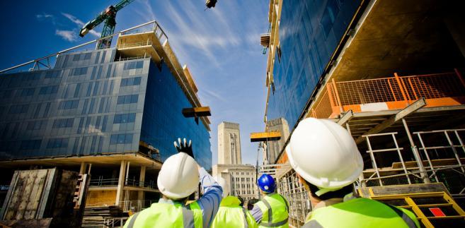 Dlaczego PBG nie może liczyć na pomoc? Odmiennego podejścia do dwóch największych spółek z branży budowlanej nie rozumieją inwestorzy giełdowi.