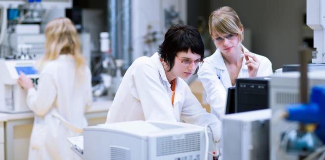 nauka-technologie-laboratorium