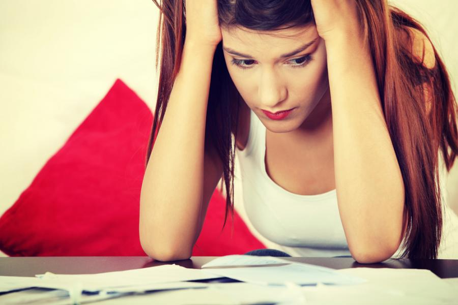 kredyty, rachunki, smutek
