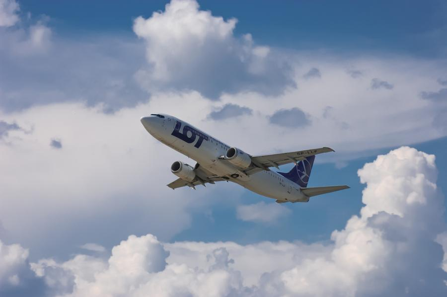 LOT, samolot