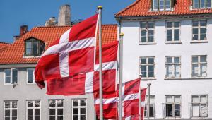 Informując o uzgodnieniu przebiegu polsko-duńskiej granicy na Bałtyku na początku listopada MSZ podało, że negocjacje przyniosły sprawiedliwe rozstrzygnięcie, które zostało osiągnięte zgodnie z Konwencją Narodów Zjednoczonych o prawie morza z 10 grudnia 1982 r. oraz stosownym orzecznictwem międzynarodowym.