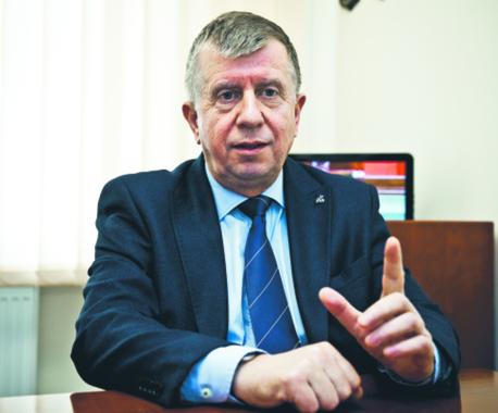 Michał Jach, przewodniczący sejmowej komisji obrony narodowej, oficer wojska polskiego w stanie spoczynku