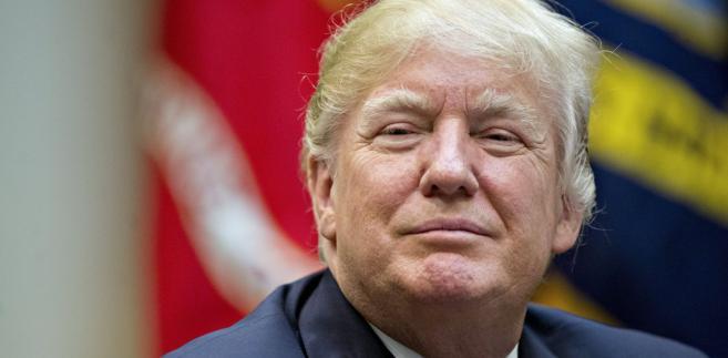 W czwartek Donald Trump ma zapoznać się z propozycjami zmian w ordynacji podatkowej. Wśród omawianych projektów znajdą się podatek graniczny (border adjustment tax, BAT), obniżka CIT, likwidacja odliczeń od podatku i inne.