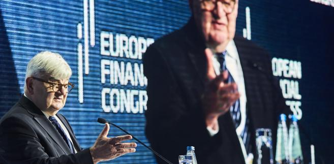 – Europa potrzebuje nowych idei i przywództwa – mówił Joschka Fischer, były niemiecki minister spraw zagranicznych, otwierając kongres