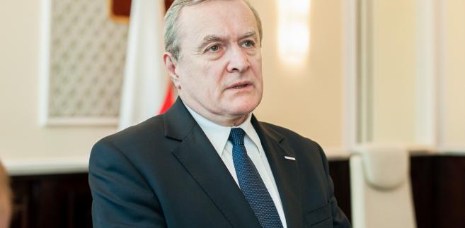 Minister kultury Piotr Gliński wziął odpowiedzialność za zmianę prawa autorskiego na siebie.