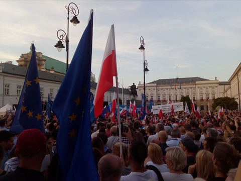 Protest przed Pałacem Prezydenckim Fot. Maciek Suchorabski