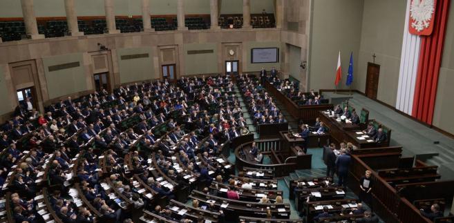 Głosowanie nad wnioskiem o odrzucenie projektu w pierwszym czytaniu odbędzie się na następnym posiedzeniu Sejmu