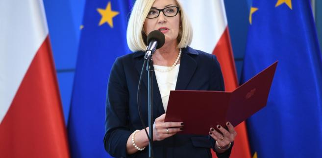 Liczymy, że w najbliższym czasie dojdzie do kolejnych spotkań ws. prowadzonej przez Komisję Europejską procedury dot. praworządności w Polsce; dialog z KE jest prowadzony, a praworządność przestrzegana - mówiła dziennikarzom w Sejmie rzeczniczka rządu Joanna Kopcińska