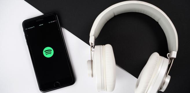Spotify muzyka streaming prawa autorskie