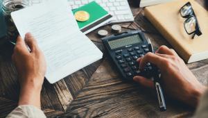 We wniosku o interpretację mężczyzna przypomniał, że zaciągnięcie kredytu i jego spłata są obojętne podatkowo.