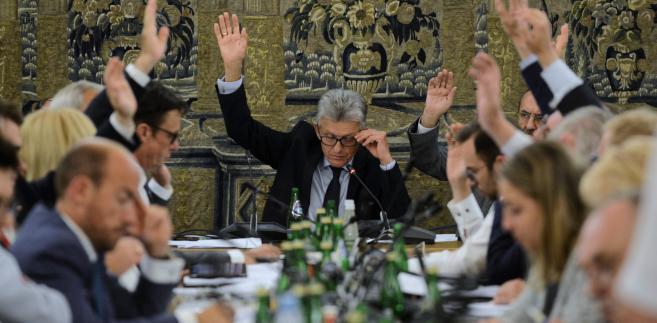 Stanisław Piotrowicz podczas posiedzenia sejmowej komisji sprawiedliwości i praw człowieka.