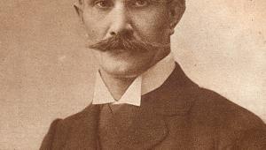 Ignacy Daszyński By Unknown author (Ignacy Daszyński Pamiętniki Kraków 1925) [Public domain or Public domain], via Wikimedia Commons