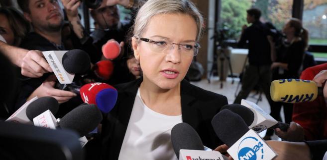 """Mówiąc o okresie rządów Tuska Wassermann stwierdziła, iż """"prace komisji pokazały, że czas to był dla przestępców jak Marcin P."""". """"A dla zwykłych obywateli to był czas łez i krzywdy"""" - powiedziała szefowa komisji śledczej."""
