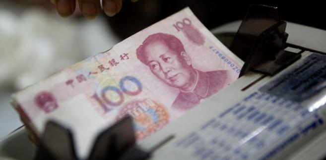 Kurs juana wobec dolara przekroczył w środę 6,4, chińska waluta jest tym samym najsłabsza wobec dolara od czterech lat.